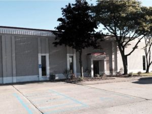auto body repair canton store front